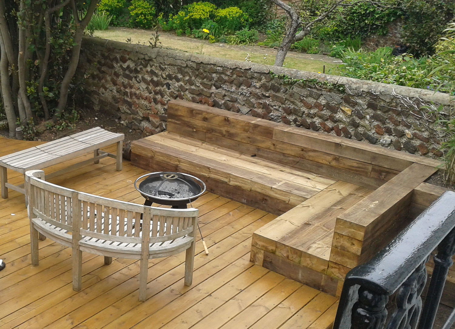 Gardens Garden Buildings Furniture Benches Decking Bbq Barbecues Brighton Hove And